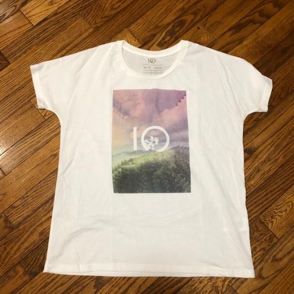 10 Ten Tree T-shirt Size Medium